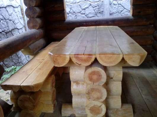 Столы лавочки из бревна оцилиндрованного