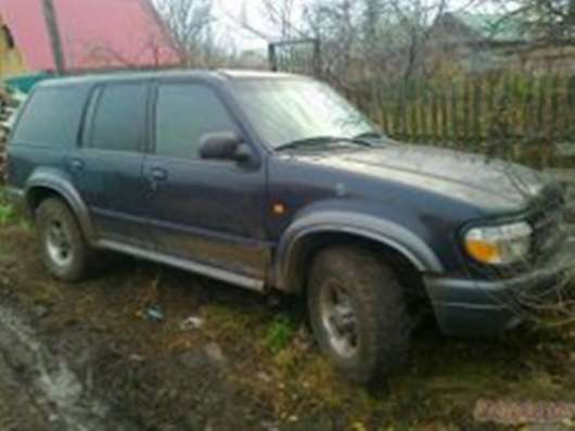 Продаю Форд Эксплоер 2000г.,4л, (204л\с)в хорошем состоянии