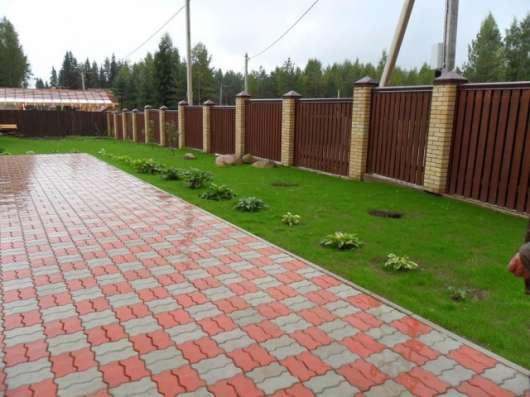 Укладка тротуарной плитки-водостоки в Нижнем Новгороде Фото 1