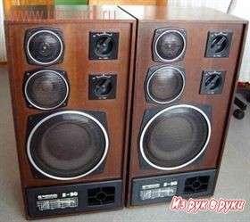 Акустические системы радиотехника S-90 в отличном состоянии