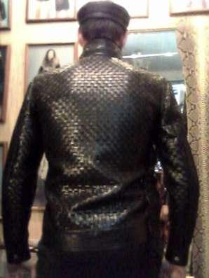 Продаю куртку кожаную мужскую, плетёную из телячьей кожи