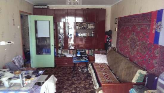 Продам 1 комнатную квартиру малосемеечного типа на Аральской