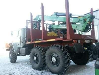 грузовой автомобиль УРАЛ лесовоз 43204