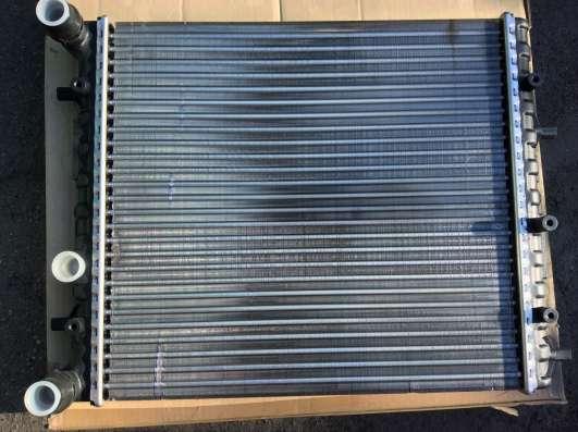Радиатор двигателя 6Q0121253J / 6Q0121253J VAG