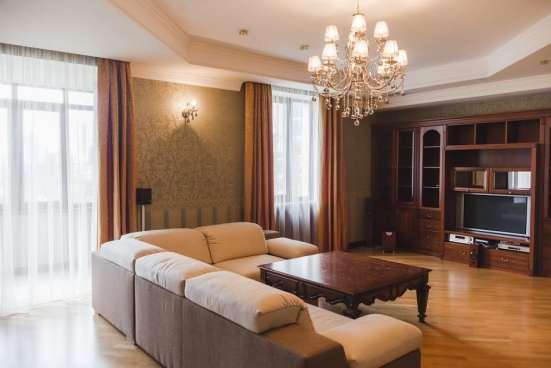 Аренда 3х квартиры, Сталинки рядом с Лаврой в центре Киева