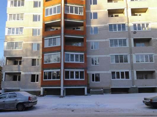 Продам 2-х комнатную квартиру с цоколем 135 м2