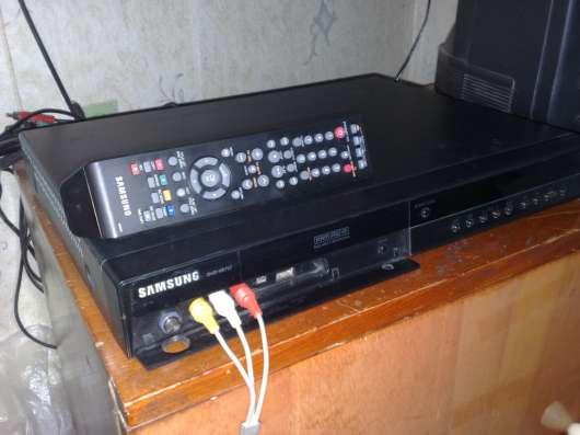 DVD, HDD-рекордер Samsung DVD-HR 757