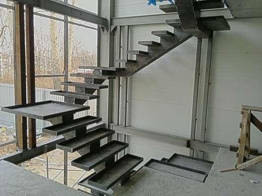 Лестницы и перила сварные, кованные в Ростове-на-Дону Фото 3
