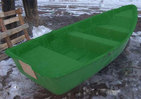 Продам весельную лодку из стеклопластика