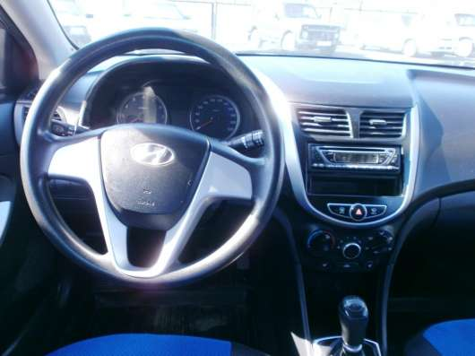 Продажа авто, Hyundai, Solaris, Механика с пробегом 133000 км, в Волжский Фото 2