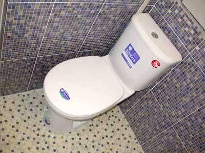 Качественный ремонт ванных комнат под ключ. Укладка плитки