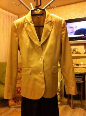 Туфли, костюм, вечернее платье, сапоги, брюки в Тюмени Фото 1