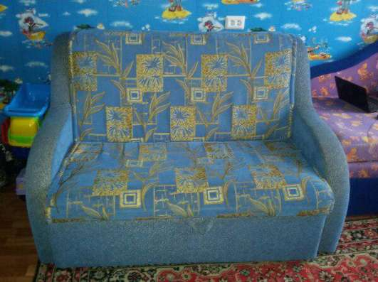 Продаю диван б/у 1 год в отличном состоянии за 6000 торг в г. Новочебоксарск Фото 2