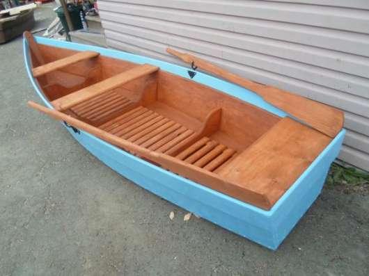 Лодка деревянная весельная в Екатеринбурге Фото 1