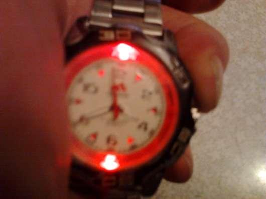 Часы наручные, настольные