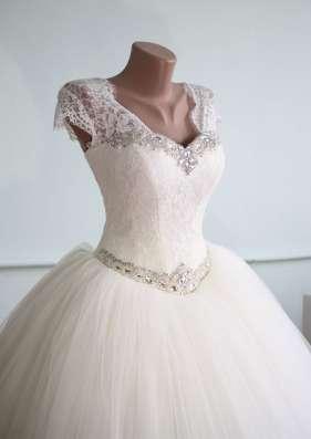 Свадебное платье новое с маленьким рукавчиком в г. Симферополь Фото 2