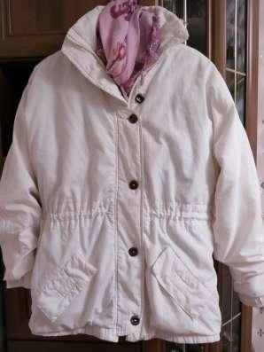 Куртка утепленная белая