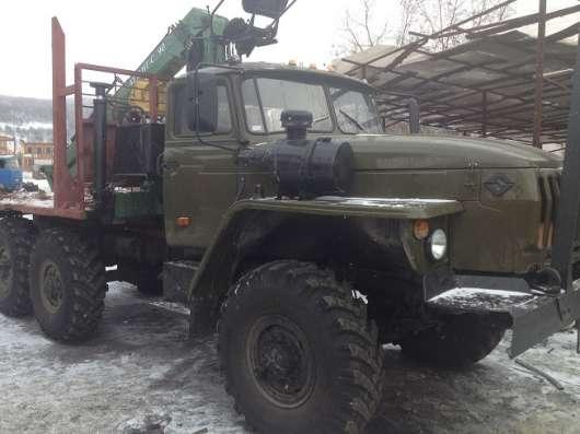 Лесовоз на базе шасси Урал в Перми Фото 1