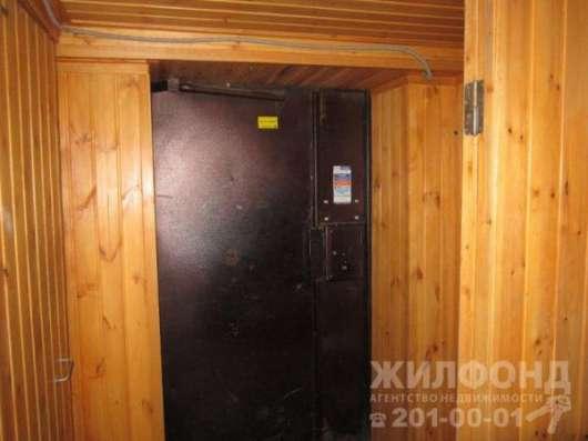 комнату, Новосибирск, Доватора, 25