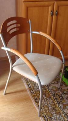 Продам стол со стеклянной столешницей и стулья в Томске Фото 4