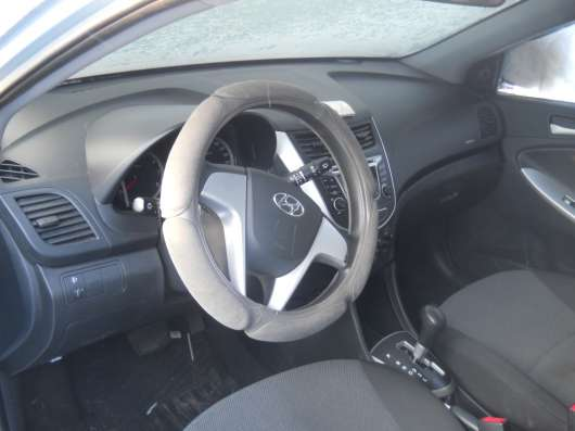 Продажа авто, Hyundai, Solaris, Автомат с пробегом 32000 км, в Омске Фото 1