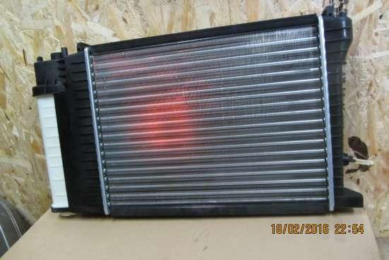 Радиатор охлаждения BMW-3 E30/E36 в Санкт-Петербурге Фото 3