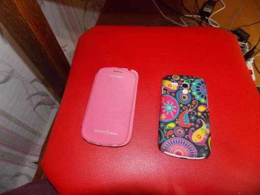 "4"" Смартфон Samsung GT-i8190 Galaxy S3 mini La Fleur"
