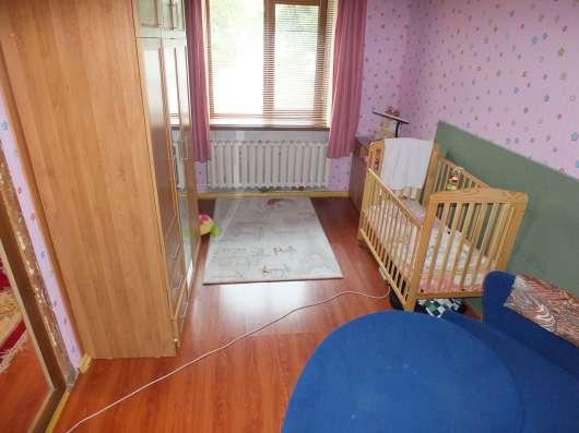 Продается двух комнатная квартира двух этажном доме
