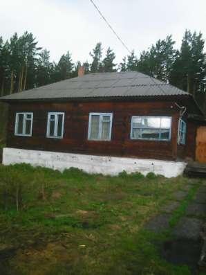 Продам дом 8*10. усадьба14с баня 6*4. гараж камин отопление