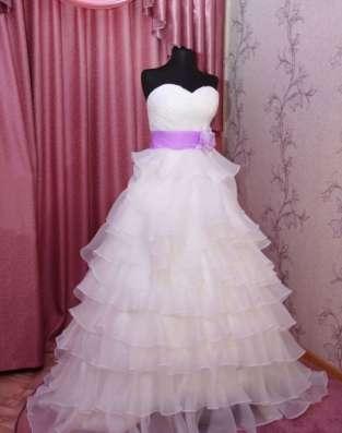 Новое оригинальное свадебное платье