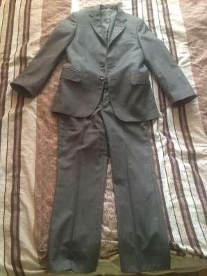 Школьный костюм в HERDAL, в отличном состоянии!!