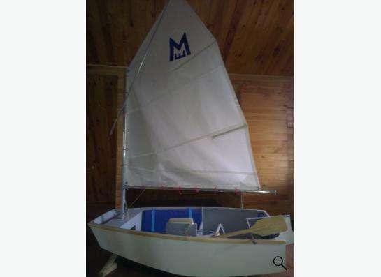 яхта для подростков или детей