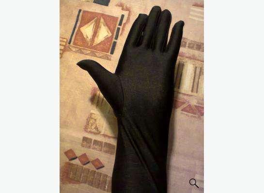 перчатки черные эластичные