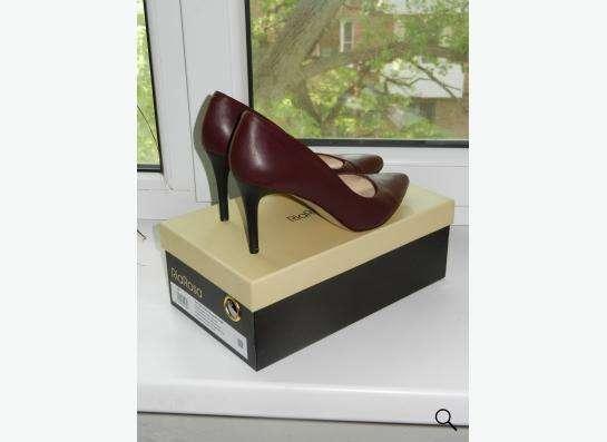 Красивые туфли 38 размера
